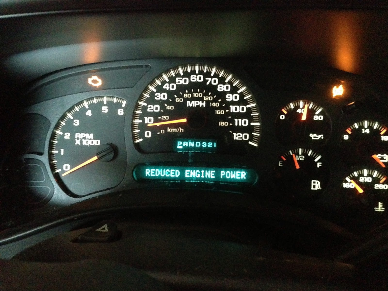 Any Thing Can Be Fixed!: 2004 Yukon XL (Suburban, Silverado, Tahoe on computer cable, computer glass, computer circuit board, computer gauges, computer control module, computer test station, computer connectors, computer motor, computer hardware, computer tech, computer generator, computer wire harness ford 1991, computer control unit, computer will not shut off, computer fuse, computer control board, computer fan, computer wire clips,