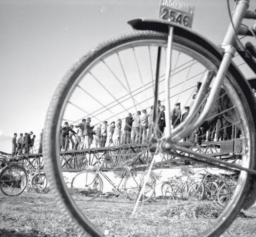 Η ιστορία του ποδηλάτου στην Ελλάδα σε ένα βιβλίο