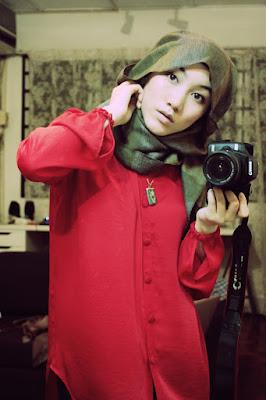 http://2.bp.blogspot.com/-qj78HqTEYZY/TwMP3YRxtyI/AAAAAAAAAhE/SyByHrkAir4/s1600/553__1000x1500_hana-tajima-head-scarf_0.jpg