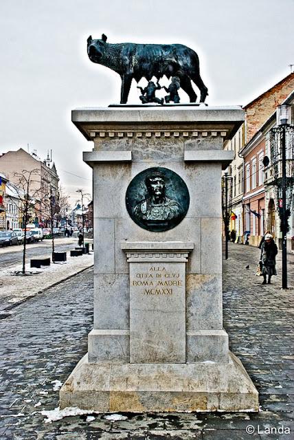 Lupa Capitolina Cluj regalo de Italia a Rumania
