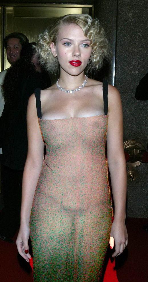 Ohh...la Johansson - Página 2 Famosas-con-vestidos-transparentes-Scarlett-Johanson