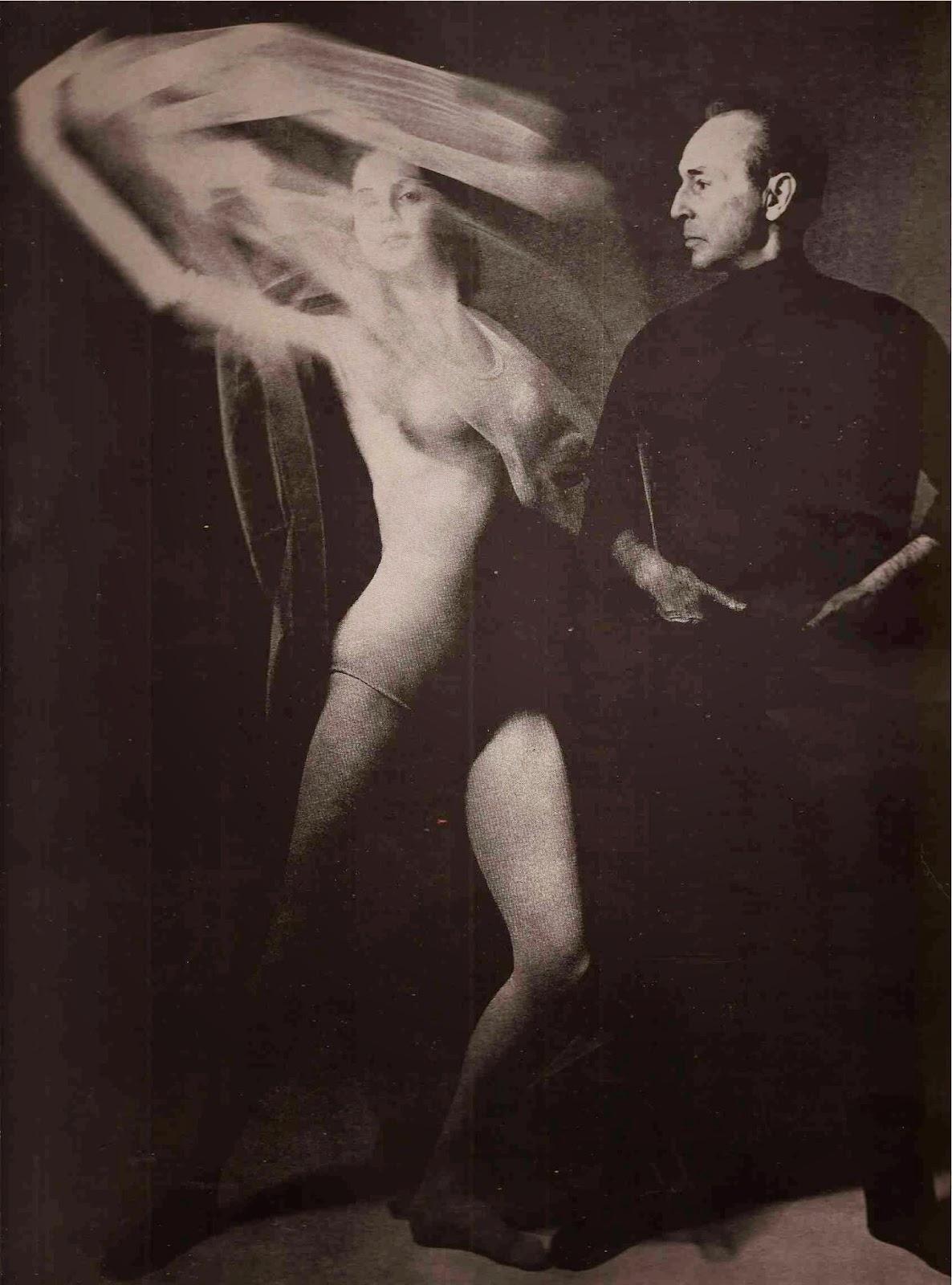 lucinda-farrell-nude