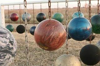Ideas para Reciclar Bolas de Bowling o Bolos, I Parte