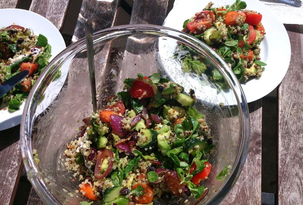 Maailman paras kvinoa-vuohenjuustosalaatti