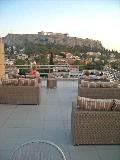Acropolis de Atenas en Grecia. hotel Plaka