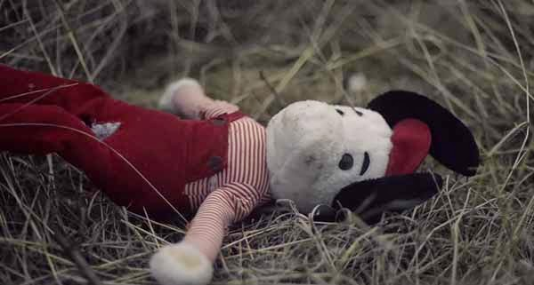 The Gift, short film, cortometraje, Zoetis, abandono de niños, abandono de animales