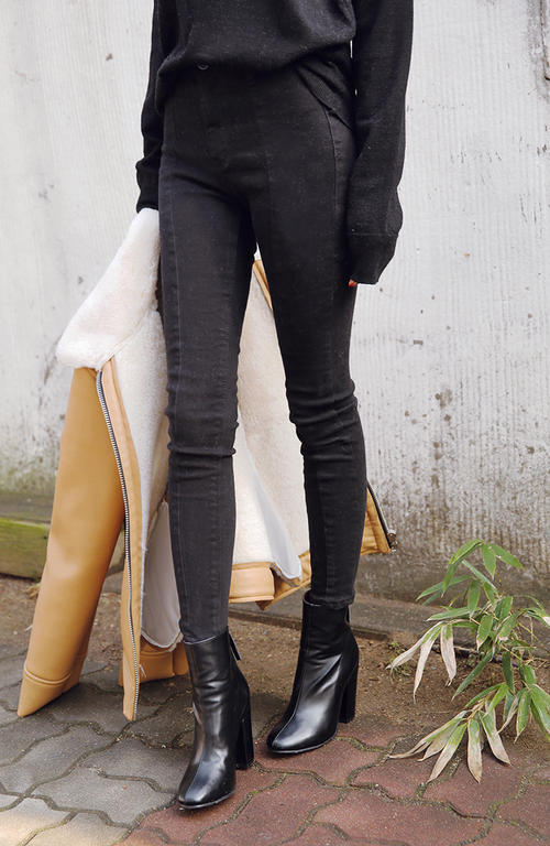 Pintuck Skinny Pants