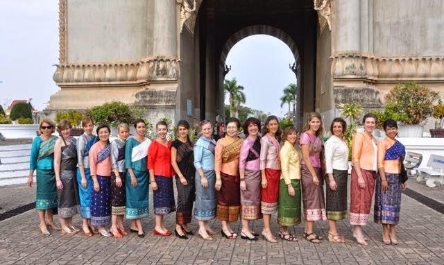 Ma tambouille a singapour voyage au laos mariage de for Maison traditionnelle laos