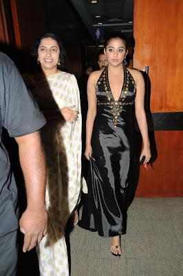 priyamani picture cinemaa awards hot photoshoot