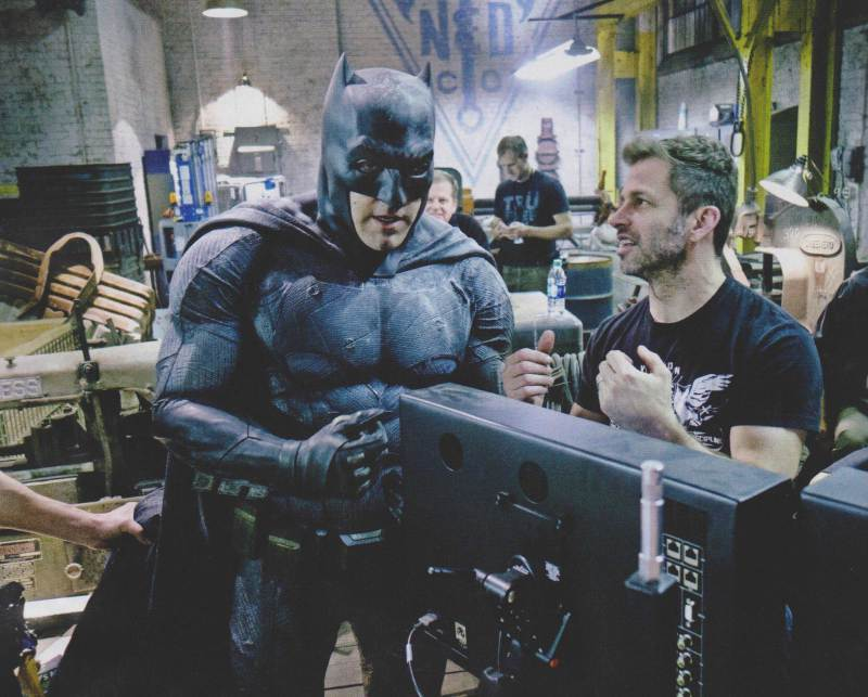 Cape And Cowl New Batman V Superman BehindTheScenes Photos - Brand new batmobile revealed awesome