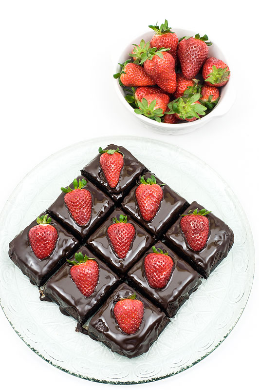 Chocolate strawberry cubes dark chocolate top shot on cubes
