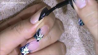 nokti-lakiranje-tutorijal-9-crno-beli-nail-art-dizajn-004
