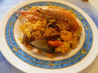 http://www.recetaspasoapaso.com/2010/11/arroz-marinero-pescado-y-marisco.html
