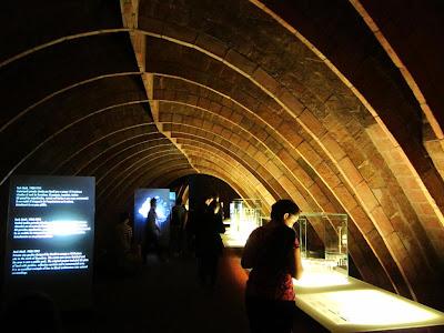 Catenary arches in the attic of La Pedrera