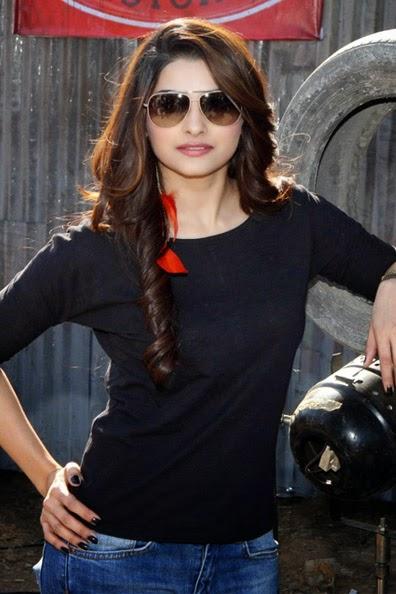 Prachi Desai :Prachi Desai Hot Pics in Sunglasses tight black top blue jeans hot hd pics