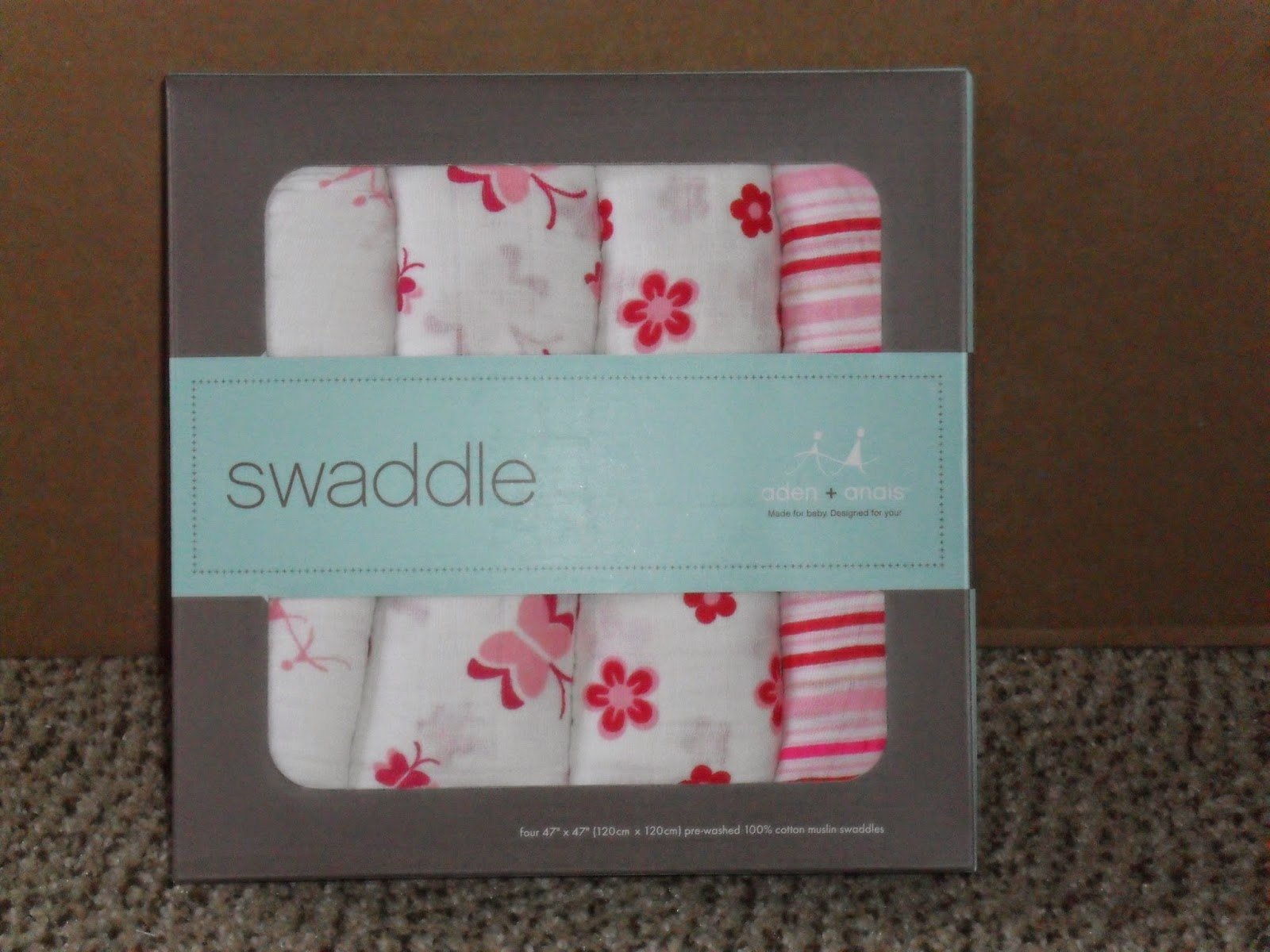 Swaddle Me. Aden+Anais Review (Blu me away or Pink of me Event)Swaddle Me. Aden+Anais Review (Blu me away or Pink of me Event)