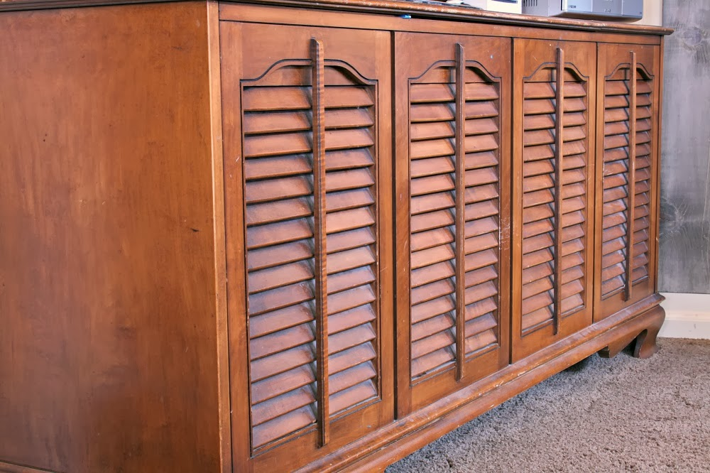 Vintage Record Player, Tv Console, Shutter TV Console, Vintage Decor, Vintage Furniture