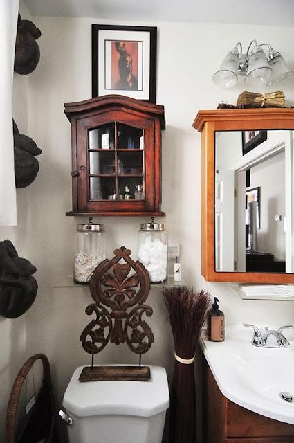 Gemütlichkeit im Bad - leichte Dekoration mit Hinguckern