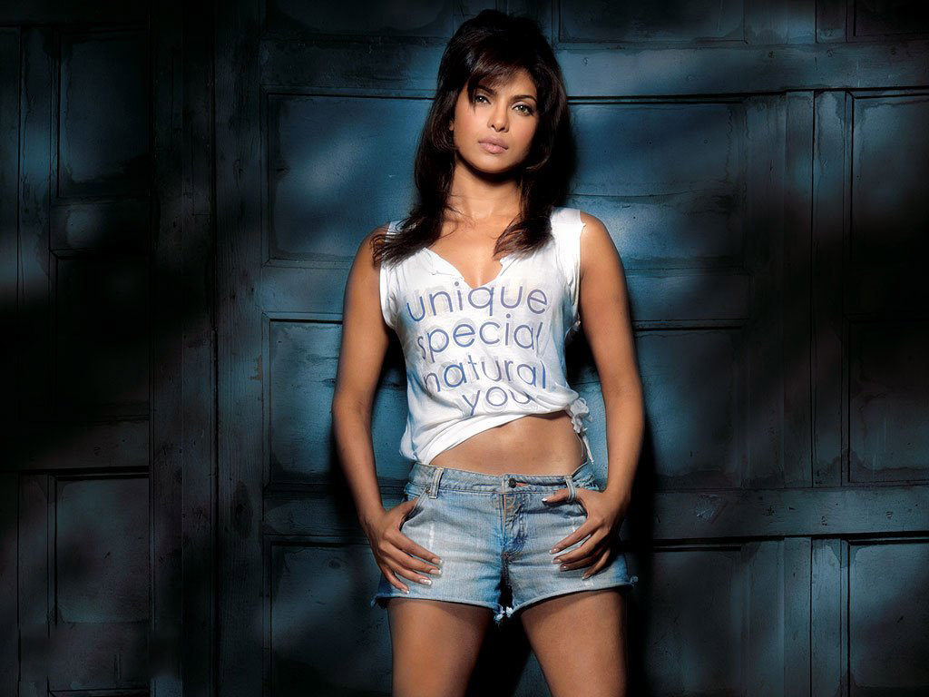 priyanka chopra full hd wallpapers