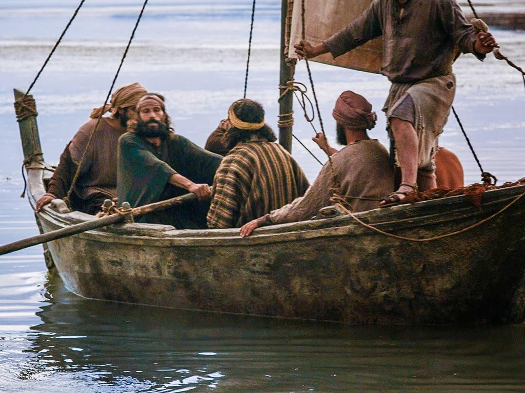 Bible fun for kids jesus has breakfast returns to heaven for Sea spirit fishing