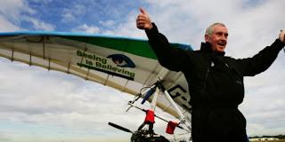 Pria buta yang catat rekor penerbangan
