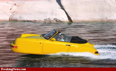 Swimming Car pictures