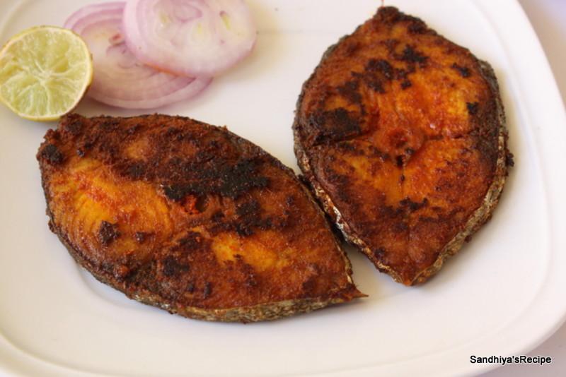 Sandhiya 39 s cookbook vanchiram meen fry king fish fry for Cliffords fish fry