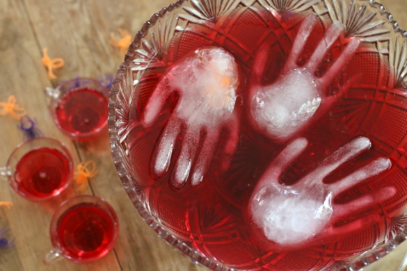 Halloween Party Recipe: Haunted Punch   17 Apart