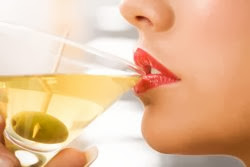 Young women who drink face higher breast cancer risk