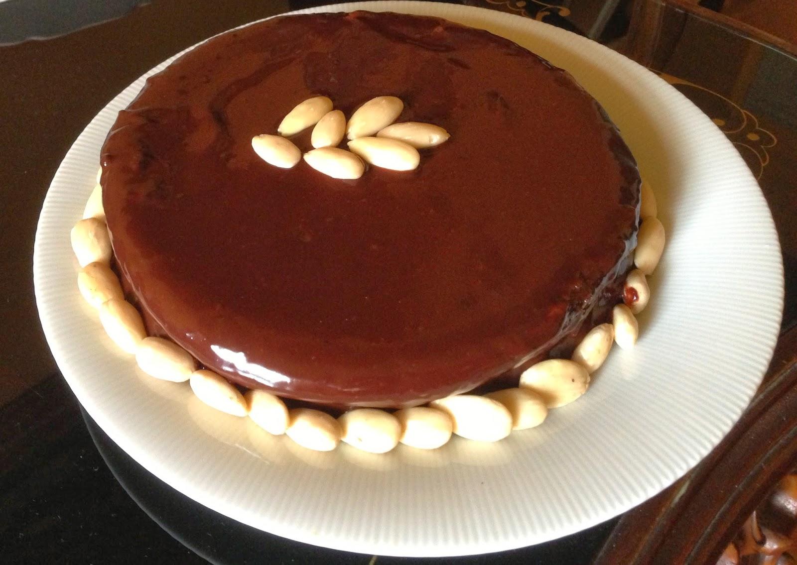 Torte Da Credenza Alice : Torta sacher di luca montersino