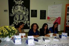 Autografando Livro Eventos Corporativos