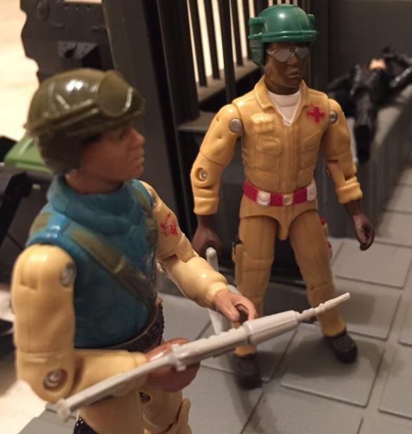 G I JOE Accessory 1984 Battle Gear Pack #2         Brown Battle Stand