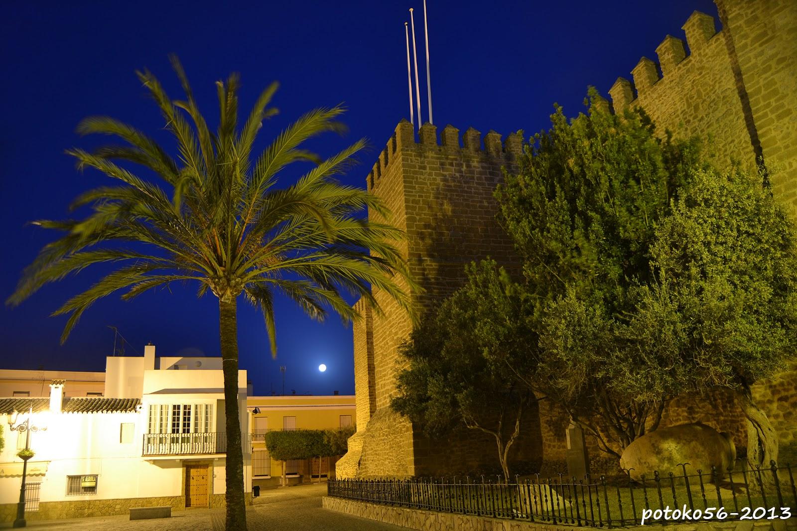 Castillo de Luna y Plaza del Padre Eugenio Rota