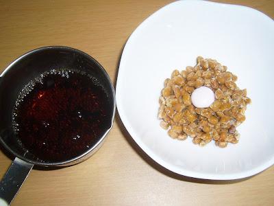 納豆にメントスコーラ