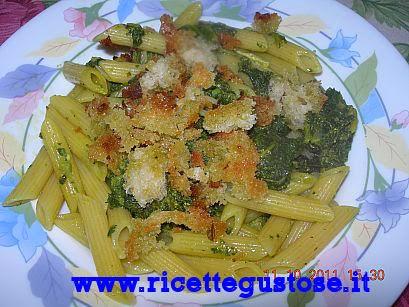 http://www.ricettegustose.it/Primi_sughi_vari_1_html/Pennette_ai_broccoletti.html
