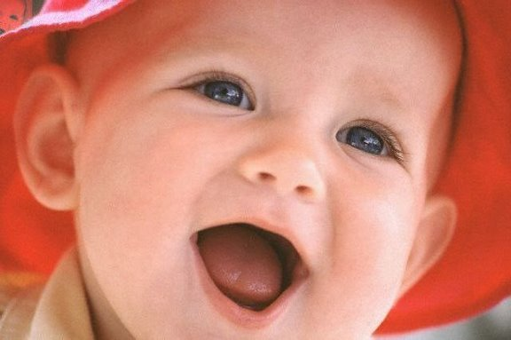 شاركينا بصوره طفل Gdbt+laughing+baby