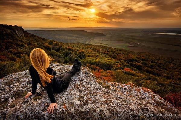 Todo lo bello, sublime, mágico, inspirador y luminoso ocurre en el silencio.