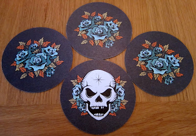 Skull & Roses - A set of 4 cards