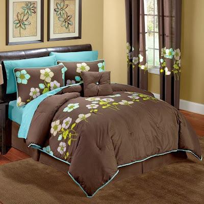 Kamar Tidur Warna Coklat dan Biru