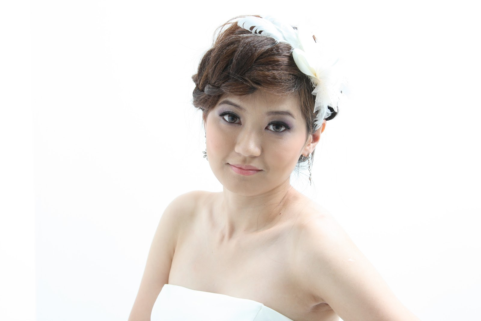 Queen Makeup Artist: Bridal Makeup ( Elaine )