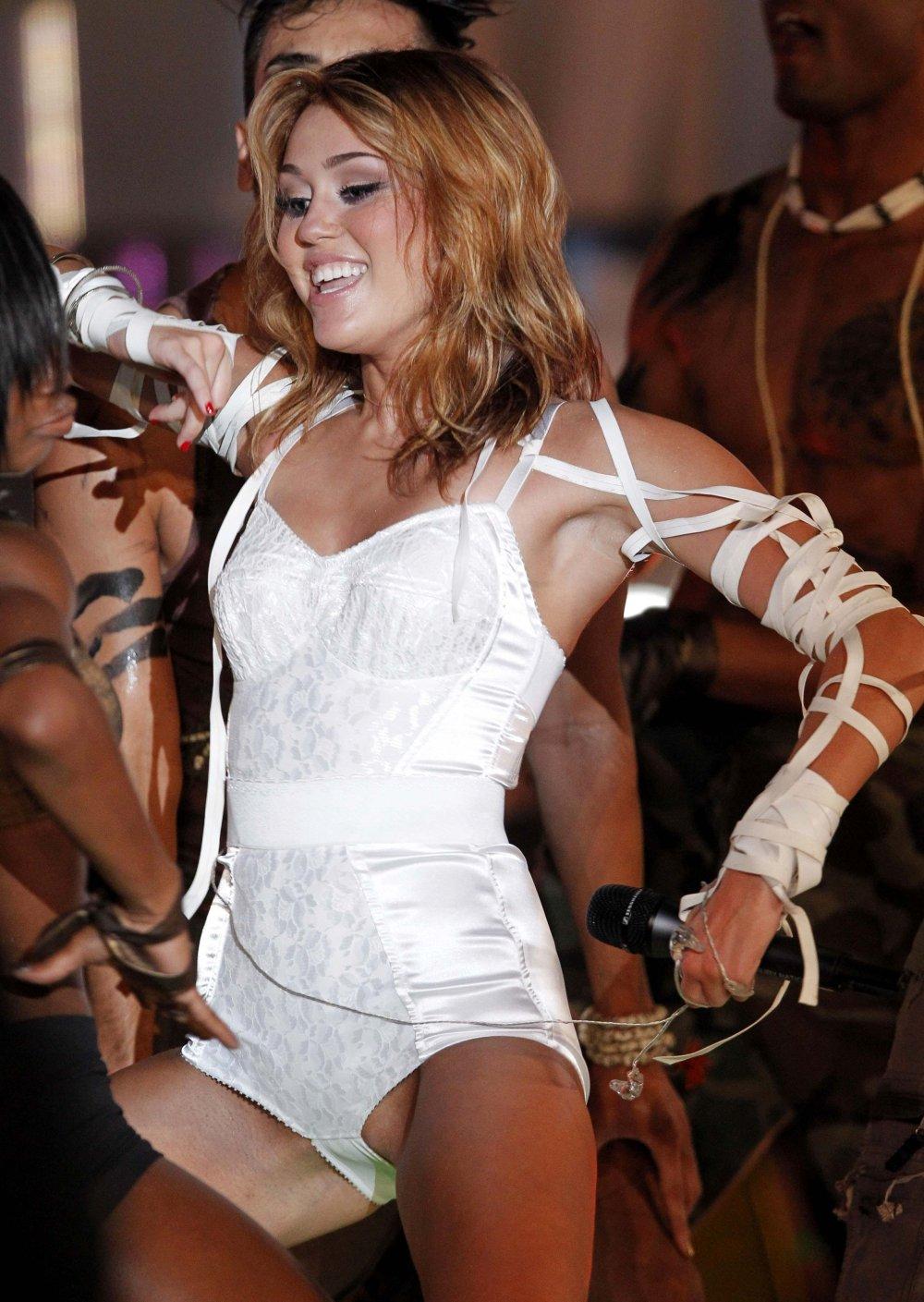 TORONTO FILM NET Lady Gaga Live Muchmusic Video Awards