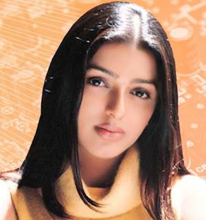 Bhumika Chawla Straight Haircut