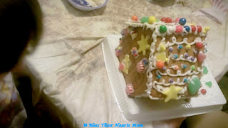 gingerbread house 2013 5