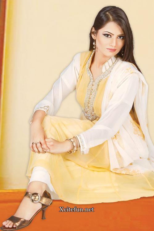 Salwar Kameez Suit Spring Collection