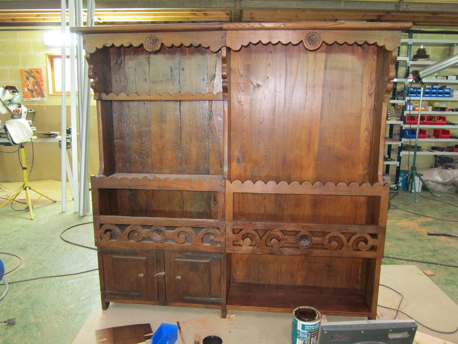Carpinter a y toneler a como aprobechar un mueble viejo for Como restaurar un mueble viejo