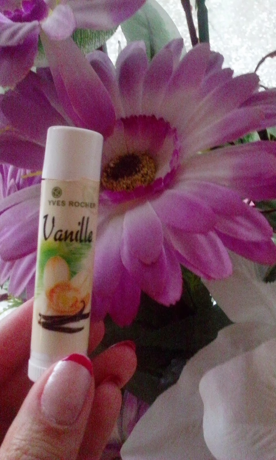 yves rocher vanilyalı lip balm