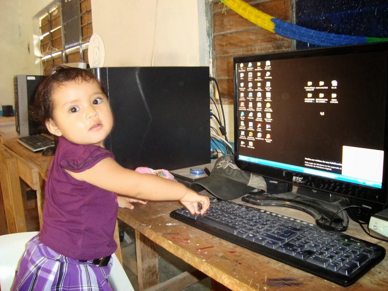 LA INFANCIA Y LA TECNOLOGIA
