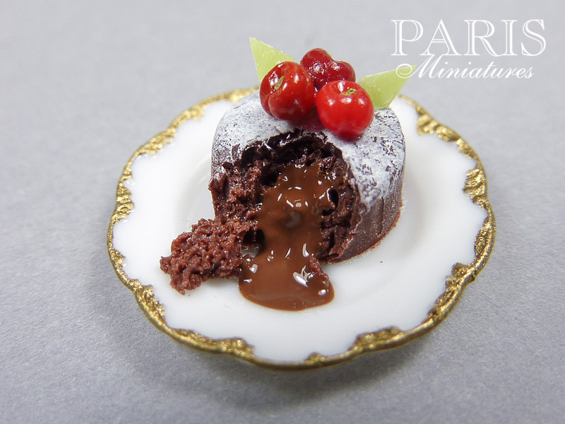 Miniature chocolate lava cake (fondant au chocolat) in 12th scale for dollhouse