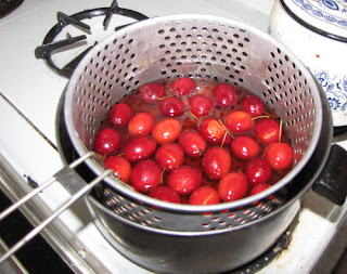 whole crabapples cooking