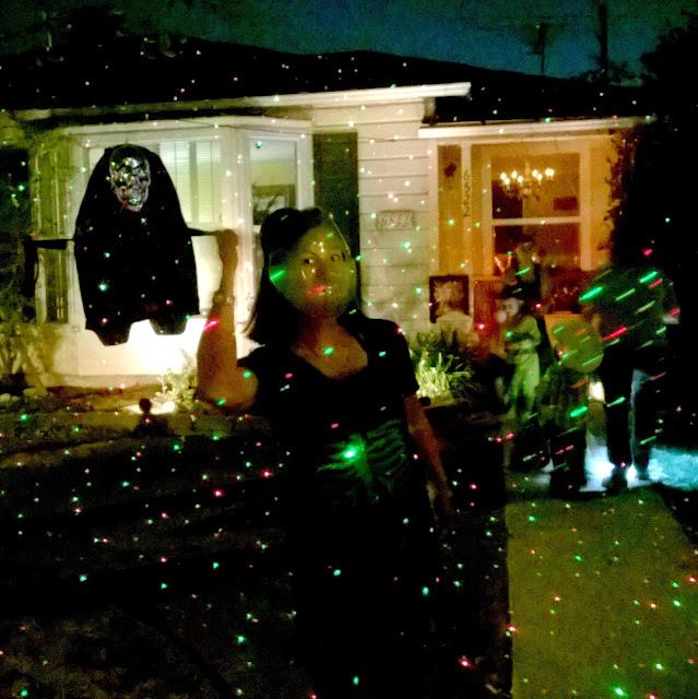 Halloween front yard decorations